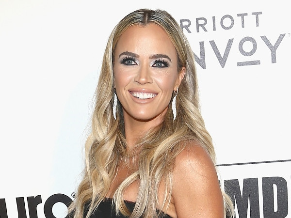 <i>Real Housewives of Beverly Hills</i> Star Teddi Mellencamp Talks Pregnancy Cravings
