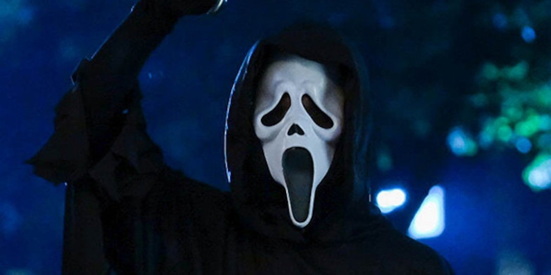 Scream's First Trailer Is Just as Bloody and Chilling as You'd Expect: Watch Now - E! Online.jpg