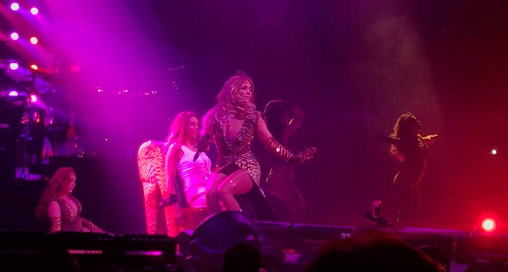 Jennifer Lopez, Carli Lloyd, Lap Dance, Stage, Madison Square Garden, World Cup