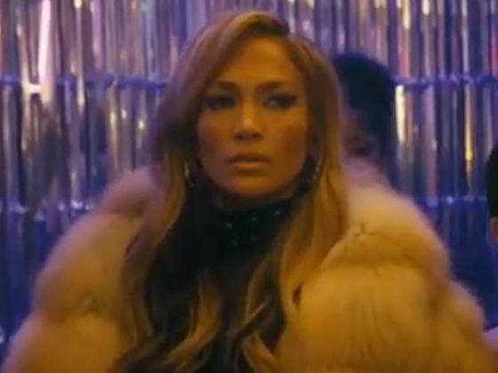 Jennifer Lopez est la reine du club de strip-tease dans la bande-annonce de <i>Queens</i>