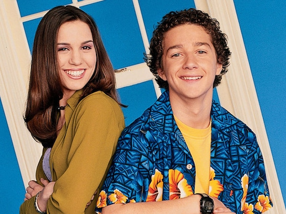 Watch Christy Carlson Romano Return to the Moon 17 Years After <i>Even Stevens</i> Performance