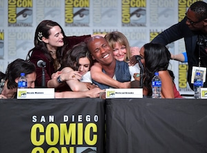 Katie McGrath, Nicole Maines, Mechad Brooks, Melissa Benoist, Supergirl, Comic-Con 2019