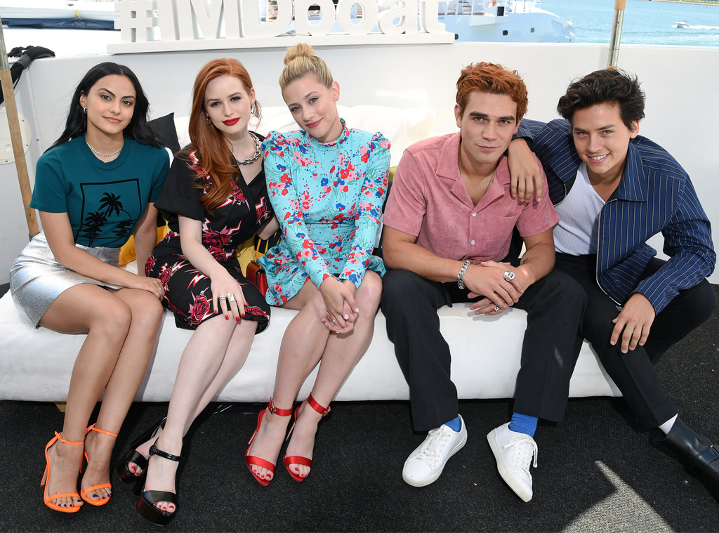 Camila Mendes, Madelaine Petsch,  Lili Reinhart, KJ Apa, Cole Sprouse, Comic-Con 2019