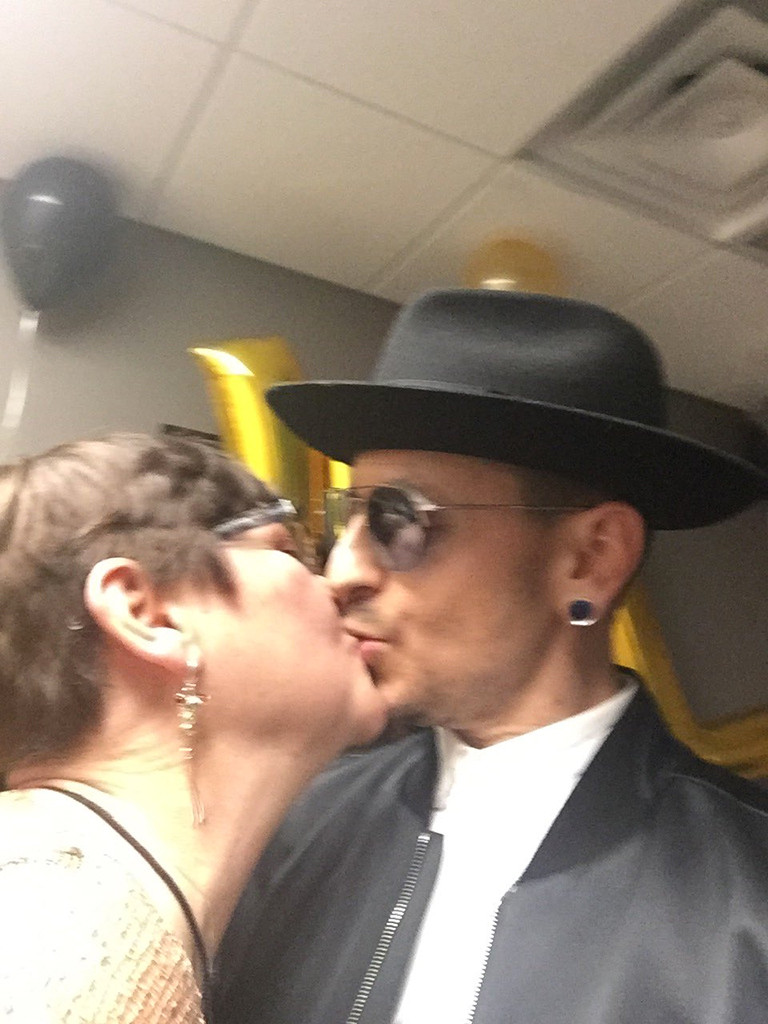 Chester Bennington, Susan Eubanks, Mother, 2nd Death Anniversary, Twitter