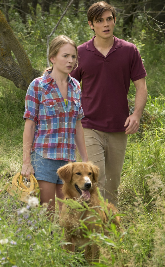 Britt Robertson, KJ Apa, A Dog's Purpose