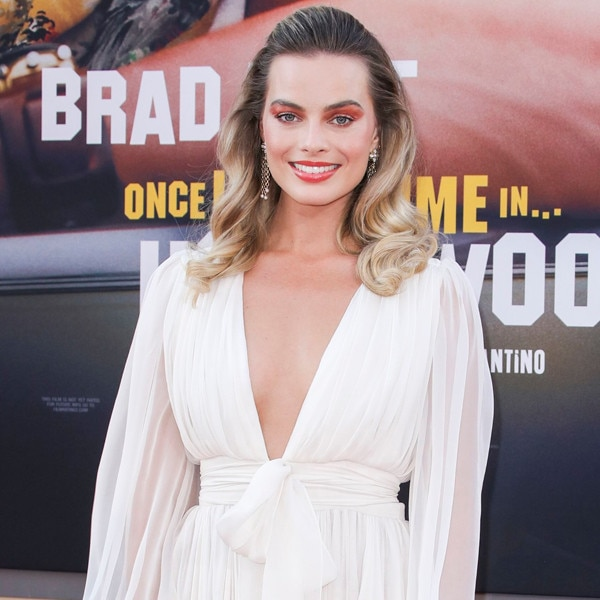 Margot Robbie, Once Upon a Time in Hollywood Premiere, Red Carpet Fashion