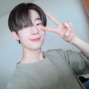 Han Seungwoo, X1