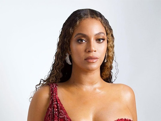 Beyoncé Stuns in A Glam Vintage Look on Second Night of Jay-Z's Charity Gala