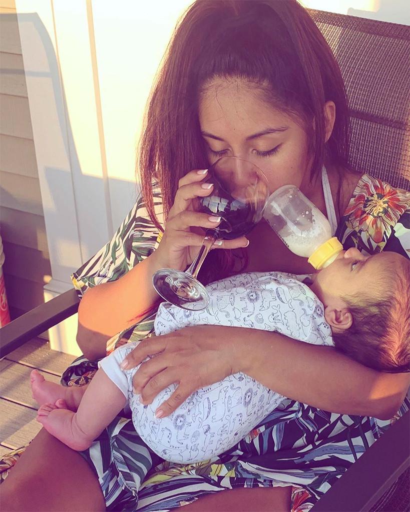 Snooki, Son, Angelo, Breastfeeding, Wine, Instagram