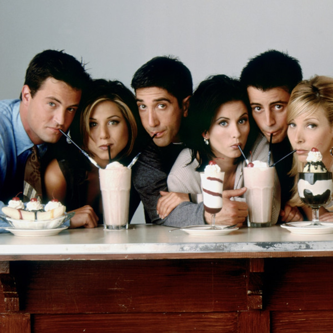 The Very Cute Reason Why Lisa Kudrow Has a Cookie Jar From Friends on Display in Her Home