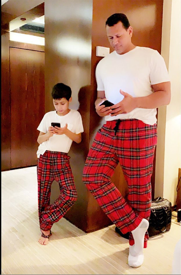 Jennifer Lopez S Photo Of Alex Rodriguez And Her Son Max Will Make