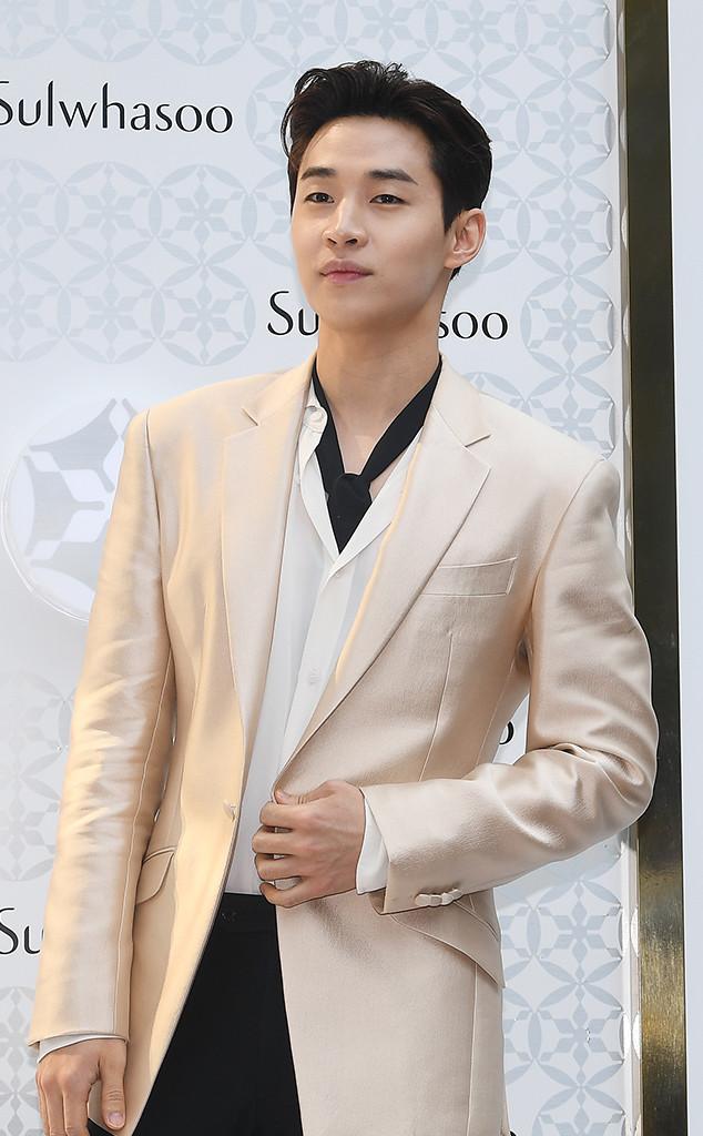 32 Gorgeous Korean Celebrities Who Don't Look Their Age | E! News