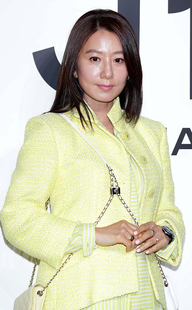 32 Gorgeous Korean Celebrities Who Don't Look Their Age | E