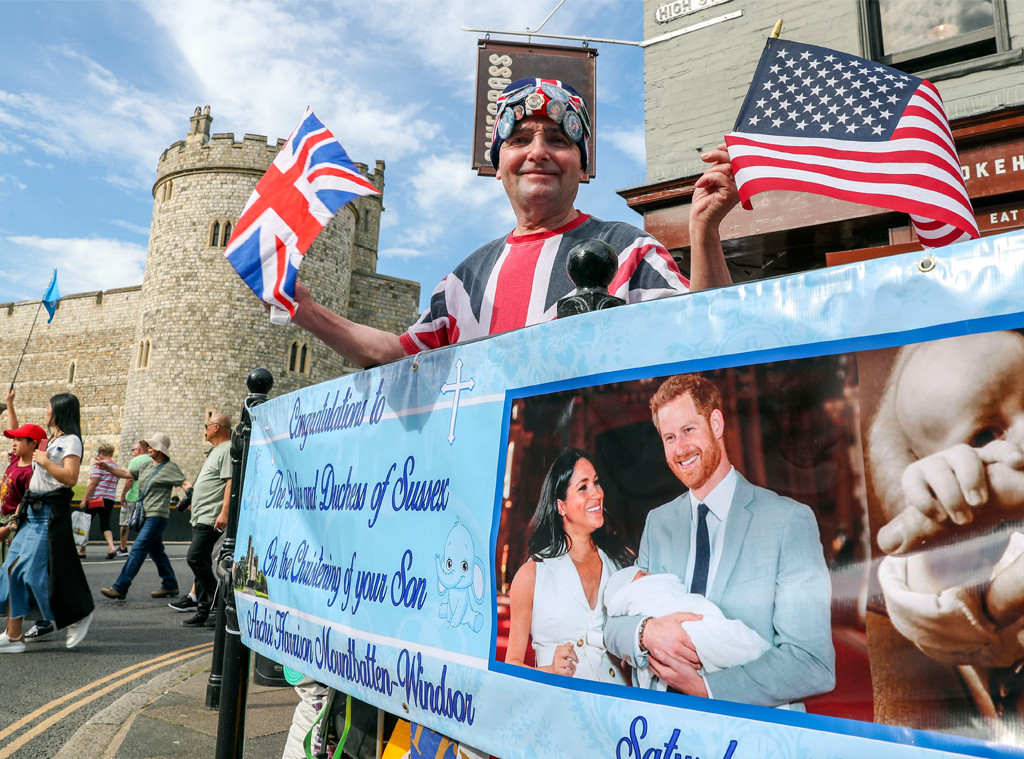 Archie's Royal Christening, Fans
