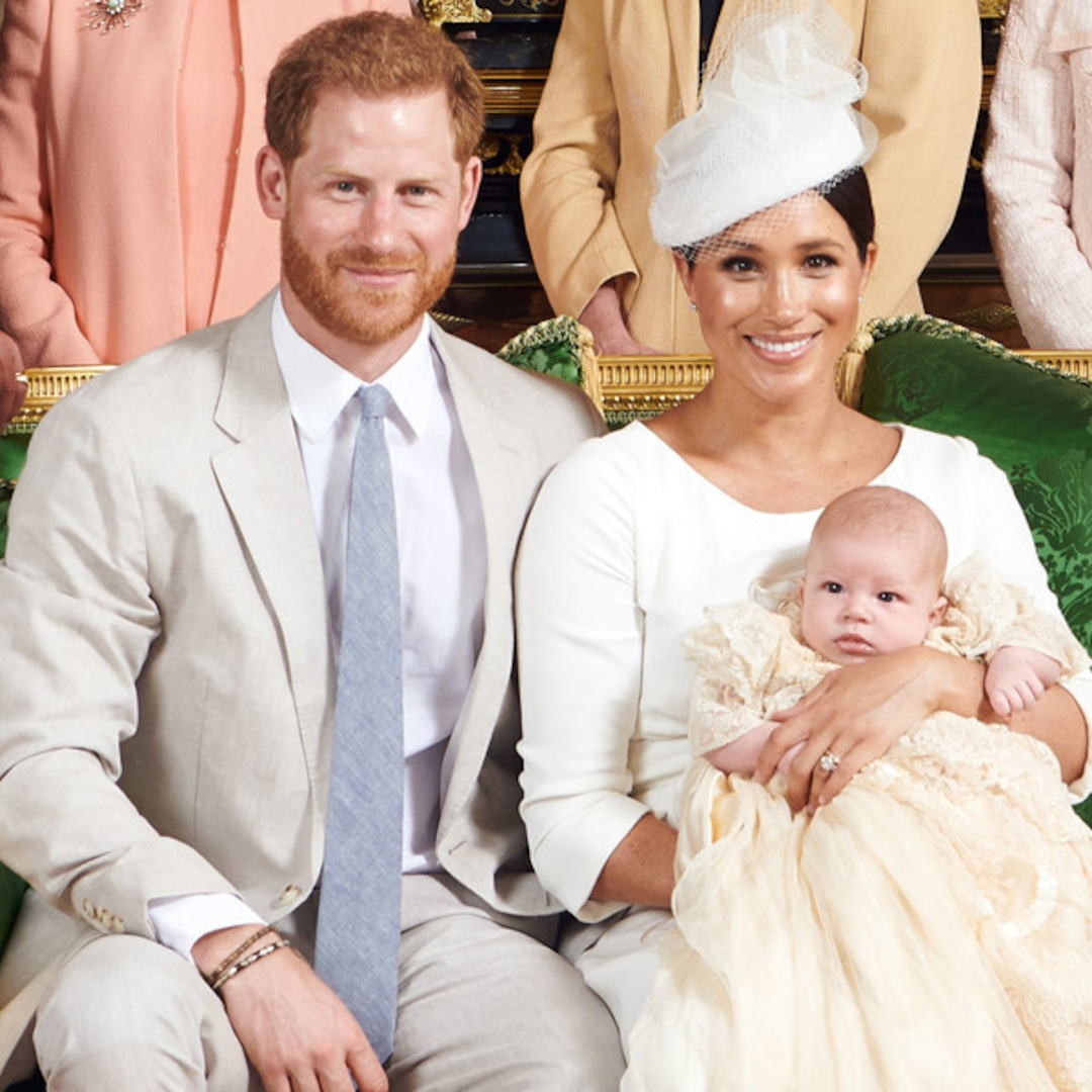 How Meghan Markle And Prince Harry's 2019 Christmas Card