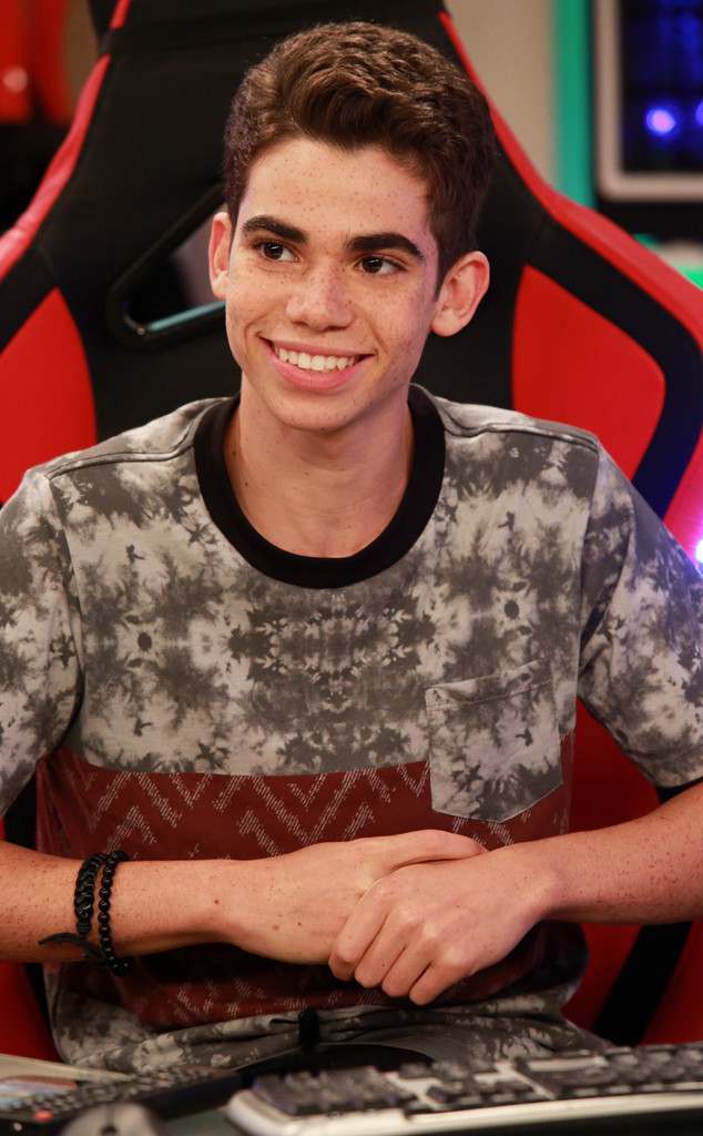 Cameron Boyce's Father Says Fans Are Helping ''Ease the Pain'' of Son's ''Nightmare'' Death