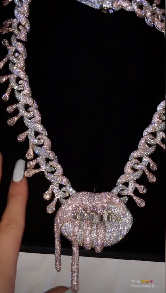Kylie Jenner, 22nd Birthday, Italy, Necklace, Instagram