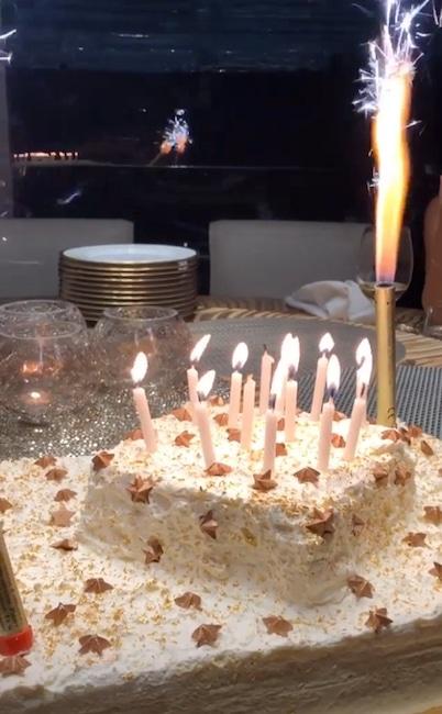 Kylie Jenner, Cake, 22nd, Birthday, Instagram