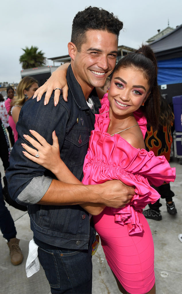 Wells Adams, Sarah Hyland, 2019 Teen Choice Awards