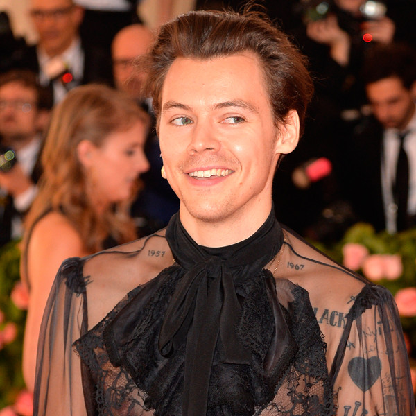 Why Harry Styles Is the Male Pop Star We Need Right Now 8
