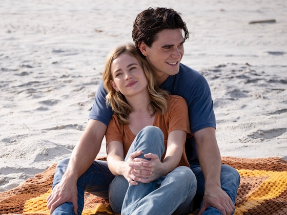 KJ Apa and Britt Robertson's Love Story Will Make You Cry in <i>I Still Believe</i> Trailer