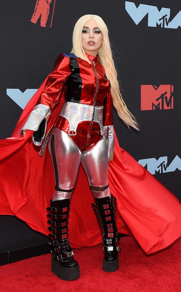 Ava Max, MTV Video Music Awards, MTV VMA's, Red Carpet Fashion