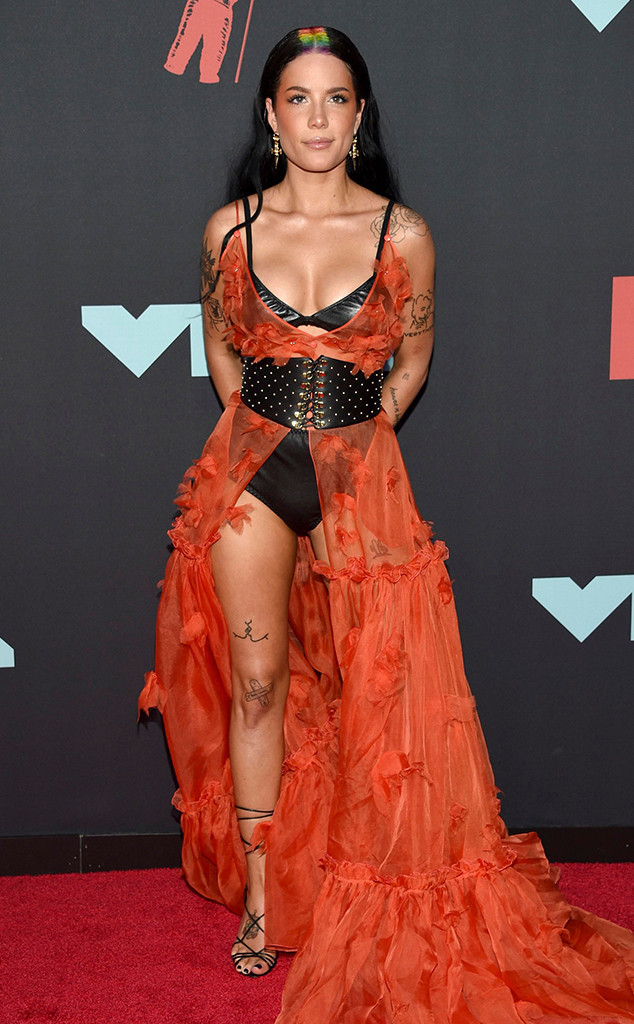 Halsey, MTV Video Music Awards, MTV VMA's, Red Carpet Fashion