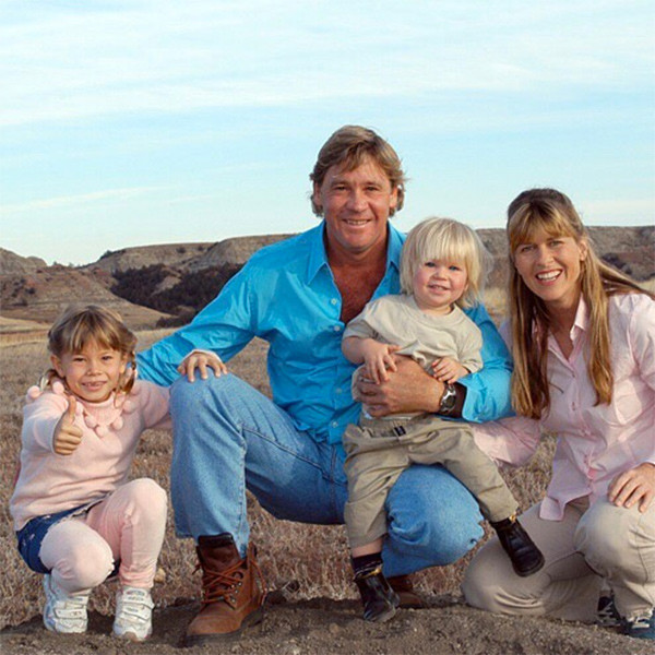Bindi Irwin's Note to Late Dad Steve Irwin After Getting Engaged Will Make You Cry