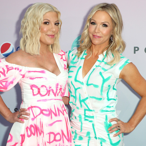 Tori Spelling and Jennie Garth Pay Tribute to Their Beverly Hills, 90210 Characters in the Most Fashionable Way