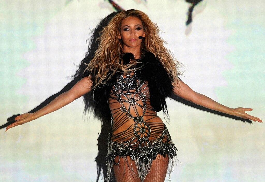 Beyonce, 2011 Billboard Music Awards