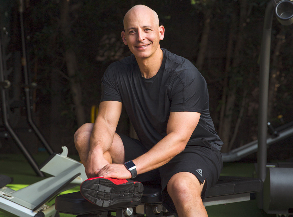 E-Commerce, Harley Pasternak