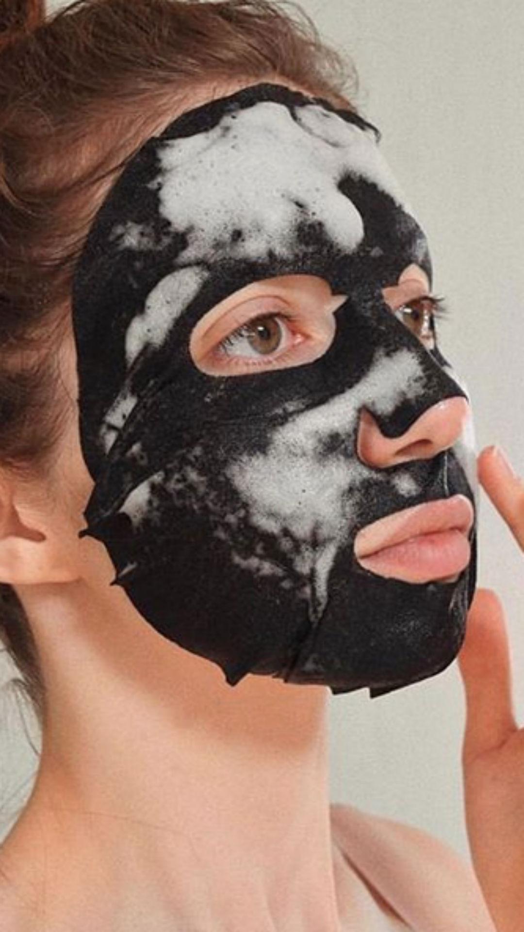 Máscara Facial, Instagram