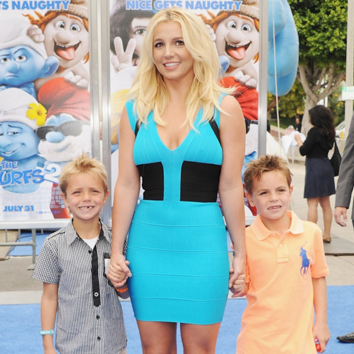 Britney Spears Sons Are So Grown Up In Rare Family Picture E Online