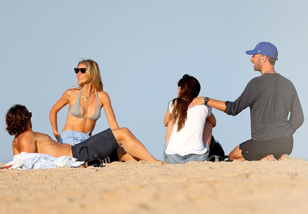 Gwyneth Paltrow, Brad Falchuk, Chris Martin, Dakota Johnson