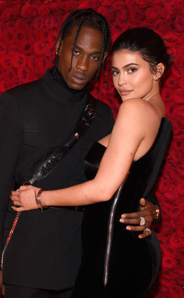 Travis Scott (L) and Kylie Jenner