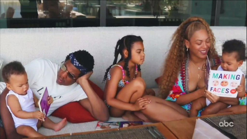 Beyonce S Making The Gift Reveals Intimate Family Moments E Online