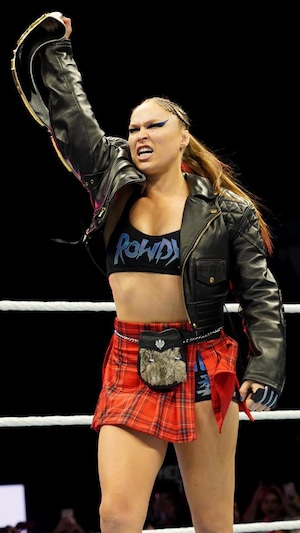 Ronda Rousey, Total Divas, Meet New Diva, WWE