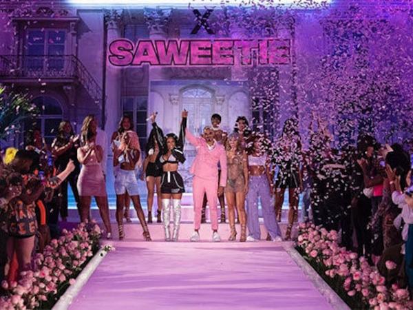 PrettyLittleThing x Saweetie met le feu à la Fashion Week de New York