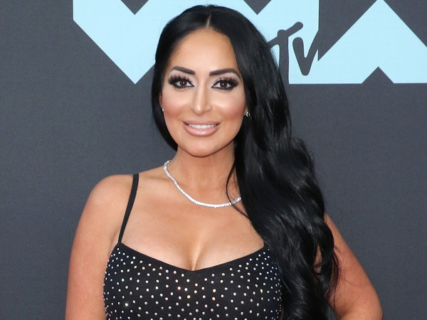 <i>Jersey Shore</i>'s Angelina Pivarnick Posts About ''Being Strong'' Amid JWoww Drama