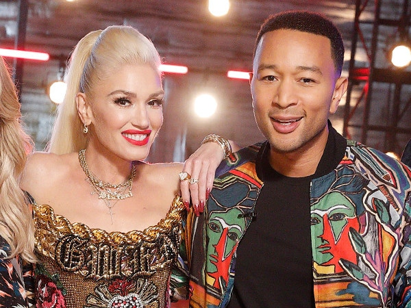 """Gwen Stefani and John Legend Call <i>The Voice</i>'s PCAs Nomination """"Magical"""""""
