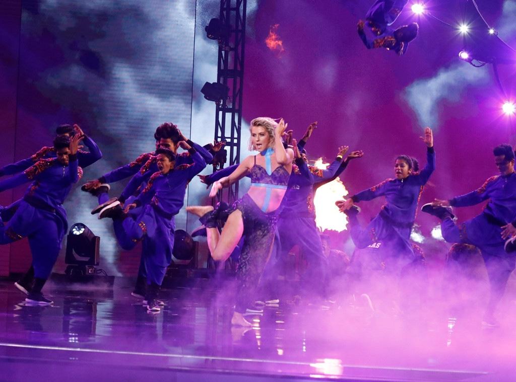 Julianne Hough, America's Got Talent