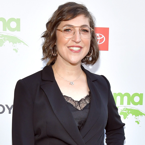 Mayim Bialik To Open a Cat Café in New Show, Produced With Big Bang Theory Costar Jim Parsons