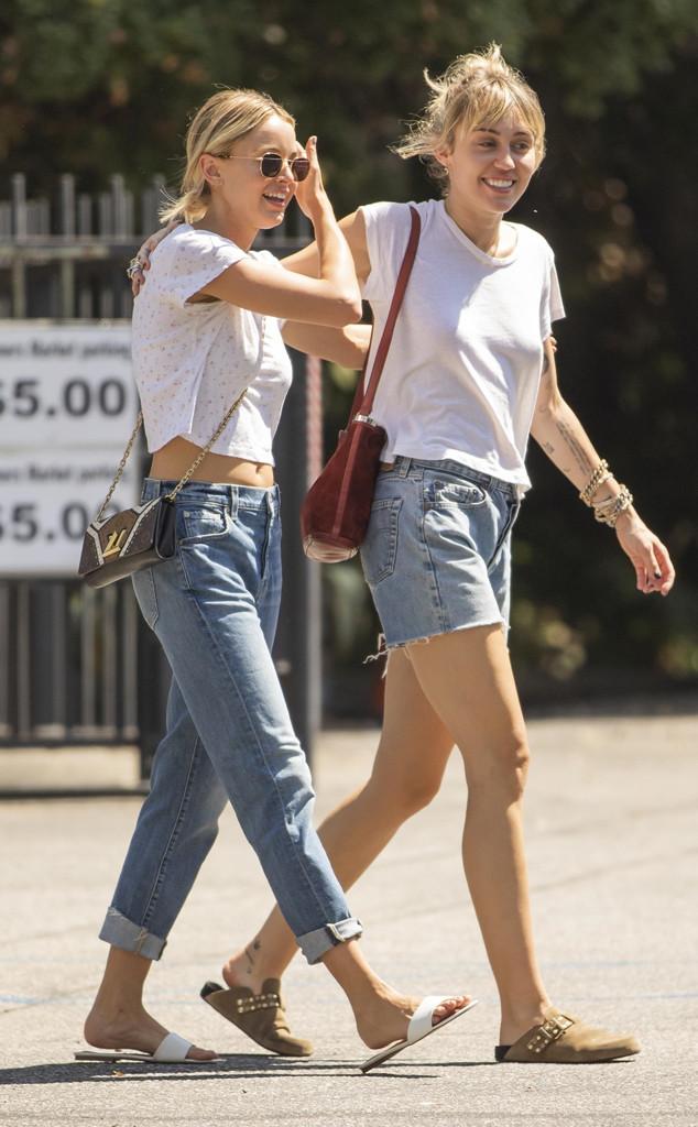 Kaitlynn Carter, Miley Cyrus