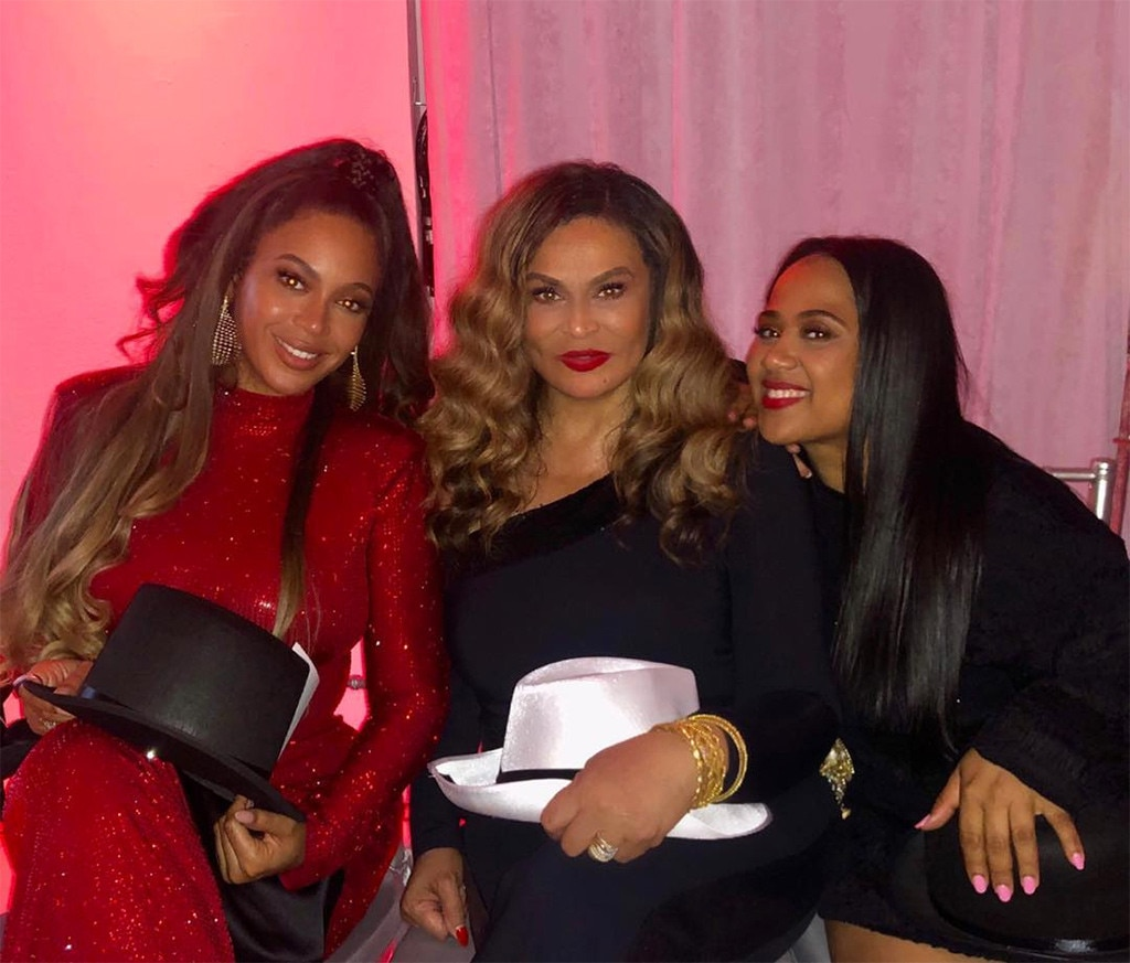 Beyonce Dresses As Lisa Bonet & Shares Never-Before-Seen Photo Of Twins