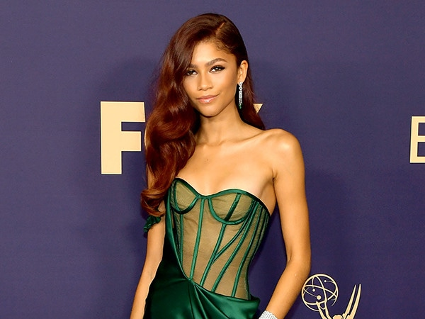 2019 Emmys: Vote For Which Star Rocked the Red Carpet Best!