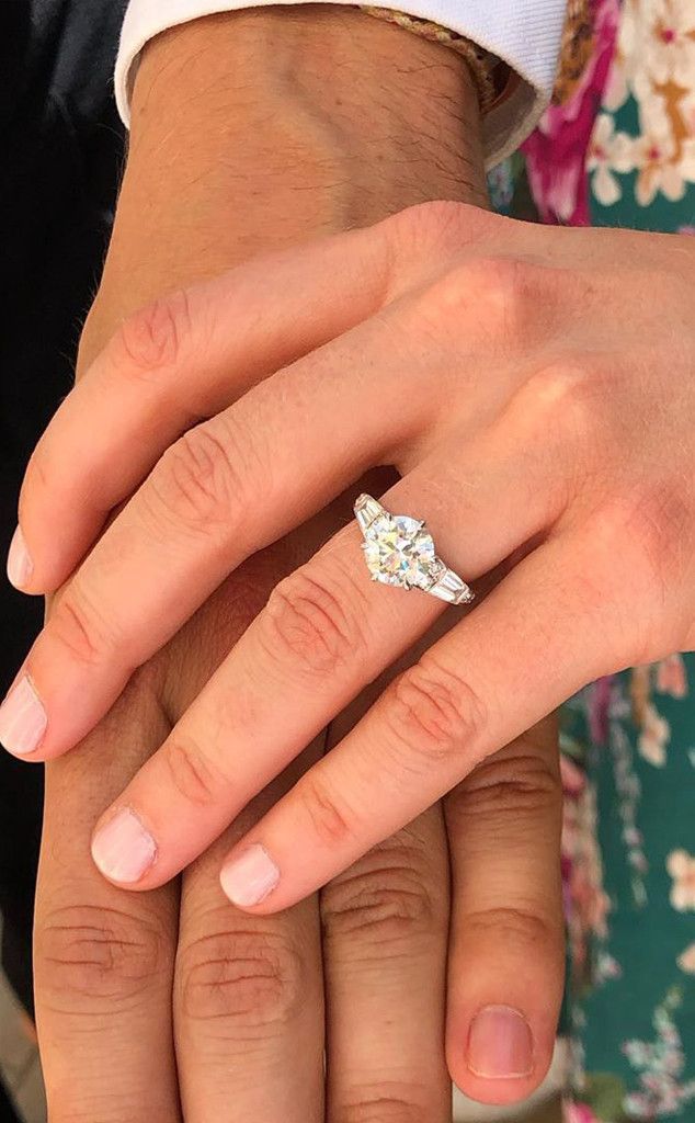 princess beatrice engagement ring cost