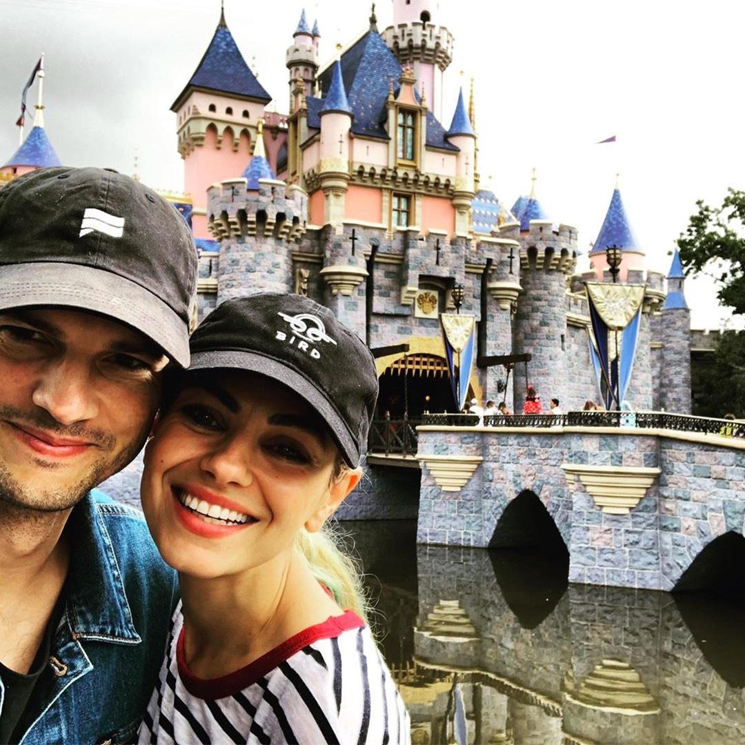 Ashton Kutcher, Mila Kunis, Instagram, Disneyland
