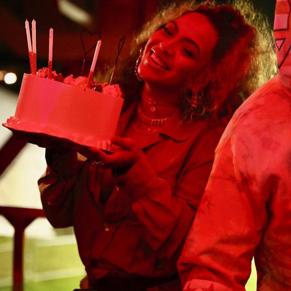 Beyoncé Looks Sasha Fierce While Celebrating Her Birthday Early With Jay-Z