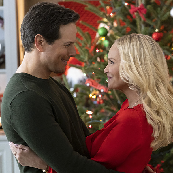Hallmark's 2019 Christmas Movie Slate Is Here!