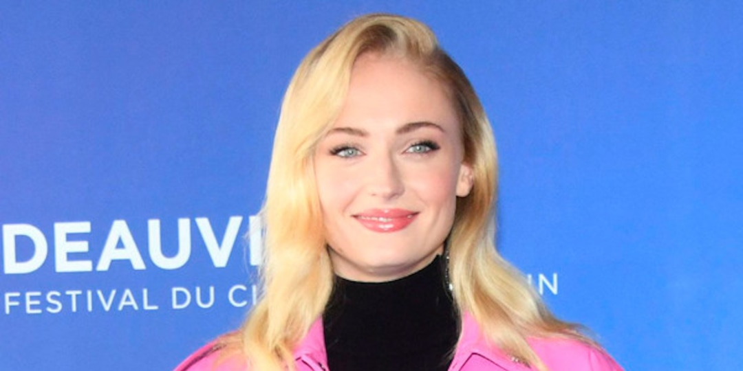 Sophie Turner Isn't Alone: See More Celebrity Moms Unafraid to Protect Their Children - E! Online.jpg